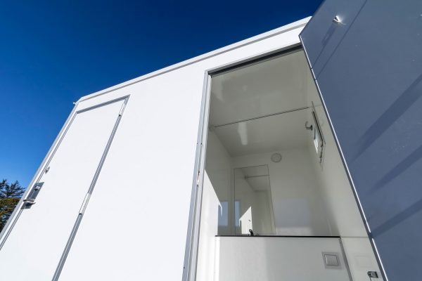 toilet trailer 2in1
