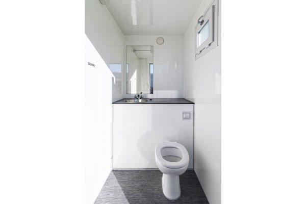 Scanvogn – 2in1 Toilet Trailer (2.4 x 1.8 x 2.7m)