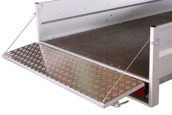 Small Box Trailer 1304 F1 with Tilt (8×5 ft)