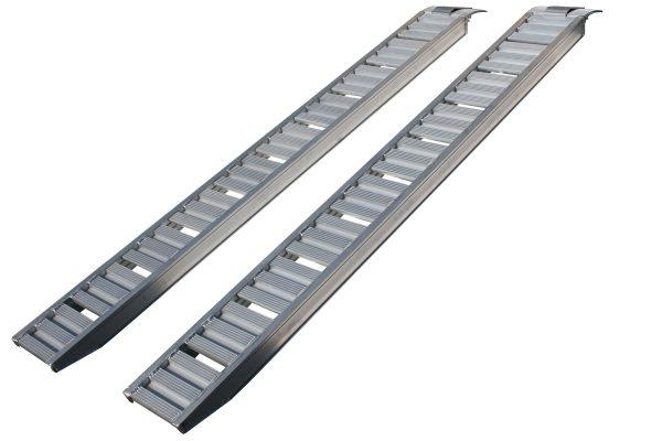 trailer-driving-ramps-91010