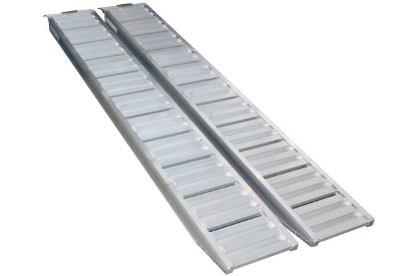 trailer-driving-ramps-91011